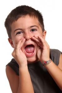 bambino che urla